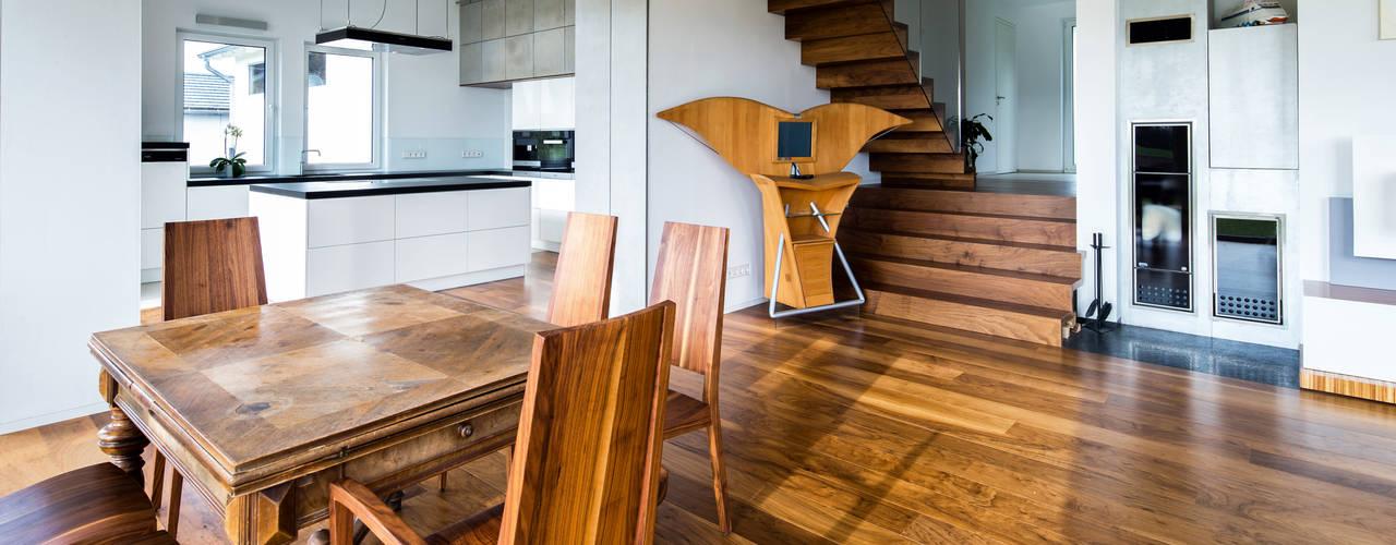 Столовые комнаты в . Автор – Ebbecke GmbH - excellent einrichten