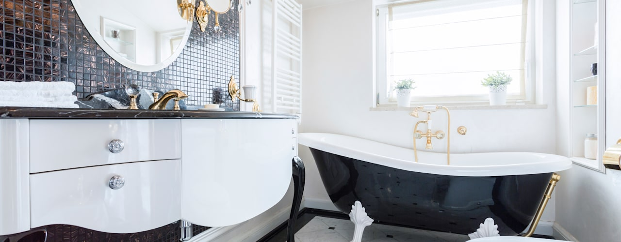 Black & White Classical:  Bathroom by Gracious Luxury Interiors
