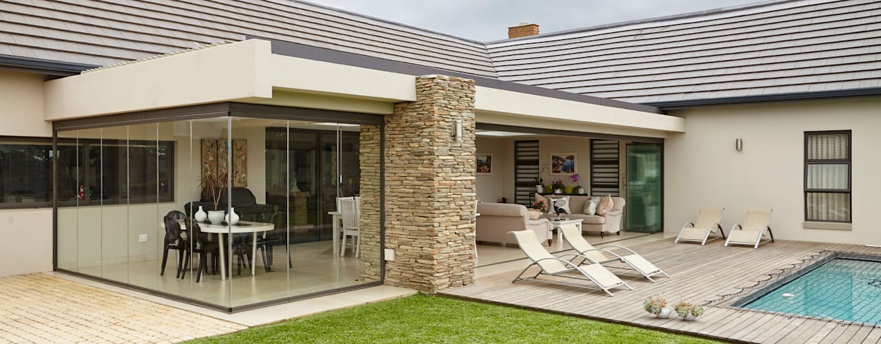 Modern Terrace by SUNFLEX Aluminiumsysteme GmbH Modern