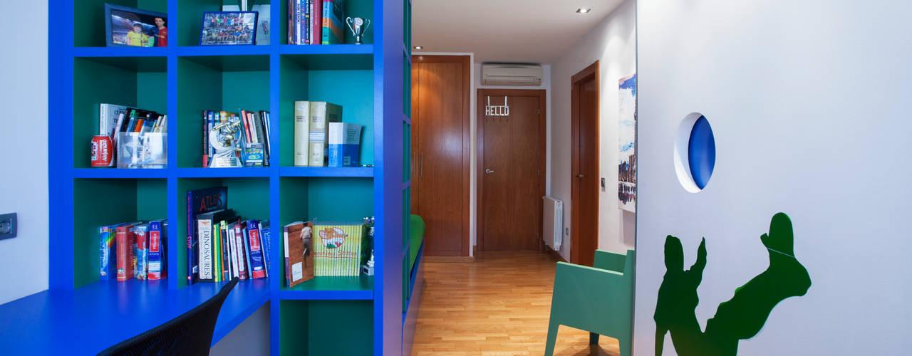 Projekty,  Pokój dziecięcy zaprojektowane przez Gemmalo arquitectura interior