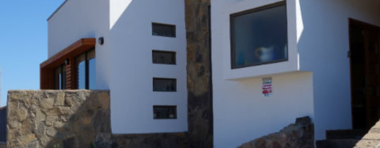 Vivienda L52 Fundo Loreto, La Serena.: Casas de estilo  por Territorio Arquitectura y Construccion - La Serena