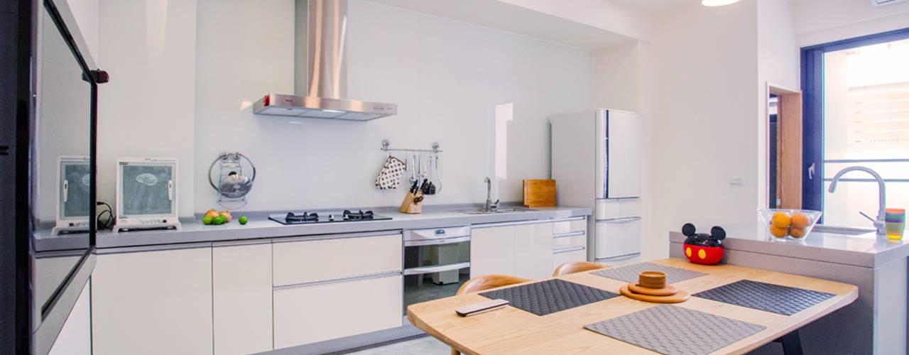 مطبخ تنفيذ 直譯空間設計有限公司, حداثي