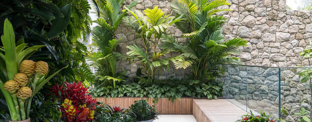 Jardines de estilo  por Daniel Nunes Paisagismo
