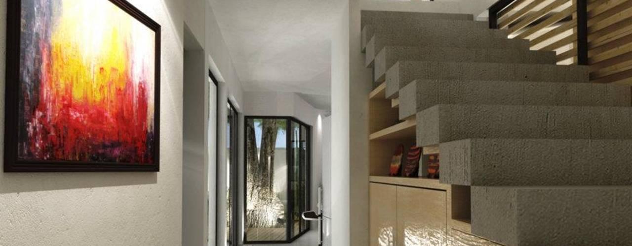 現代風玄關、走廊與階梯 根據 FRACTAL CORP Arquitectura 現代風
