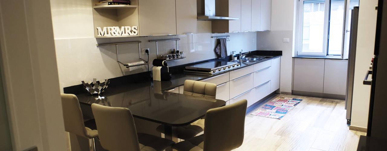 Dapur oleh Giulia Villani - Studio Guerra, Modern
