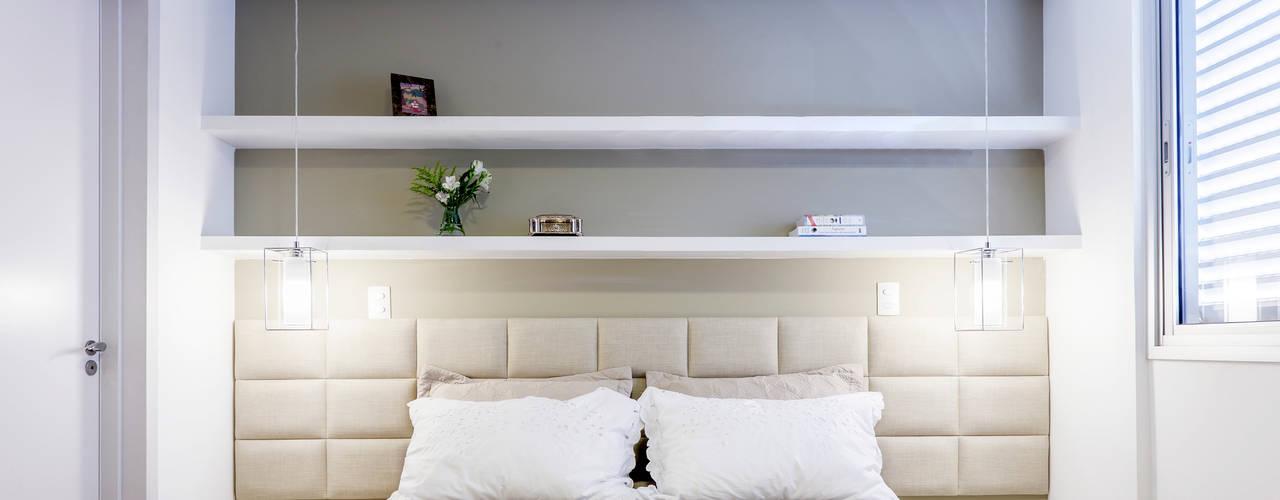 غرفة نوم تنفيذ Caio Prates Arquitetura e Design , تبسيطي