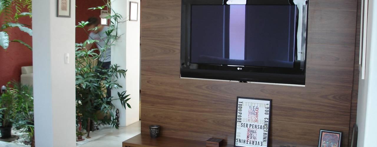 Salas / recibidores de estilo  por Mina Arquitetura & Construções