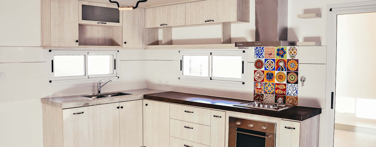 Cocina Departamento: Cocinas de estilo  por Muebles del angel,Moderno
