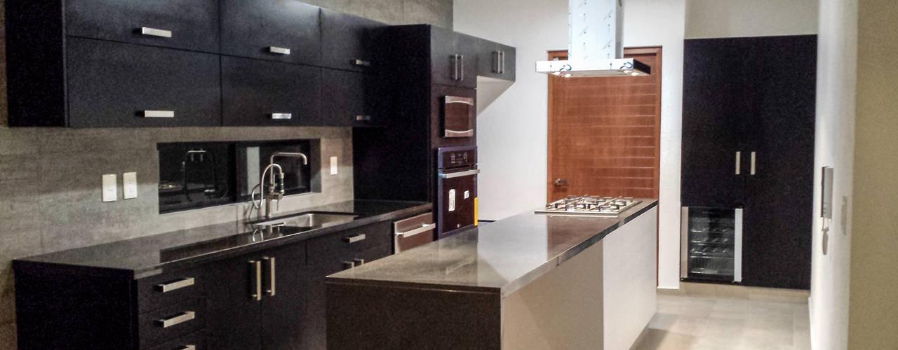 Casa Lago Cuitzeo Estilo Homes Cocinas minimalistas Compuestos de madera y plástico Negro