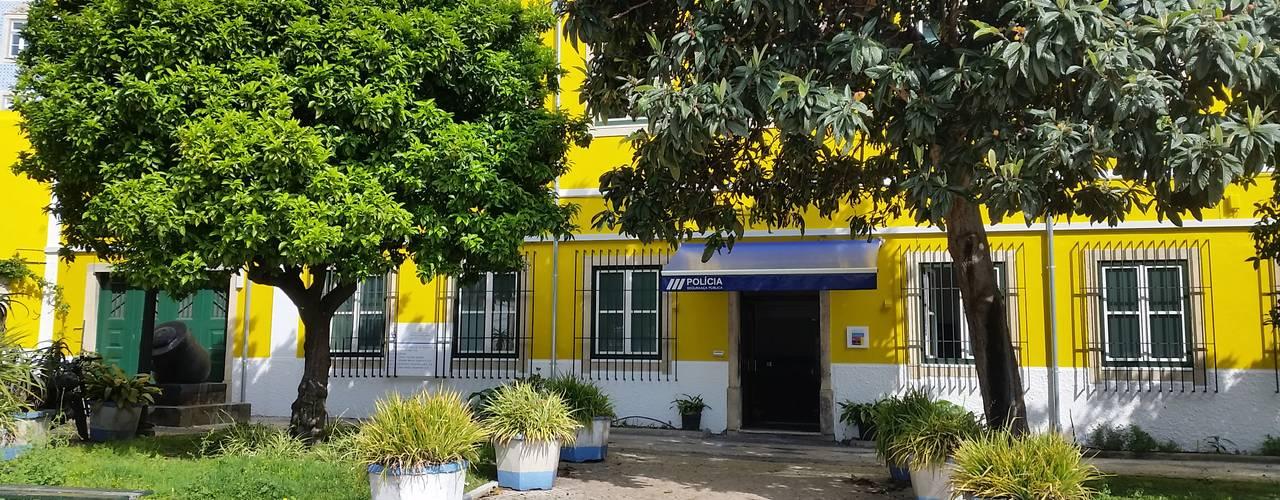 Vitor Gil, Unip, Lda Rustic style house