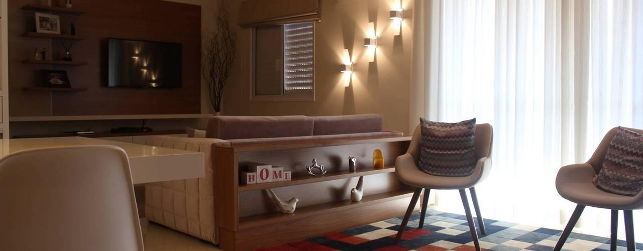 Salas / recibidores de estilo moderno por Camarina Studio