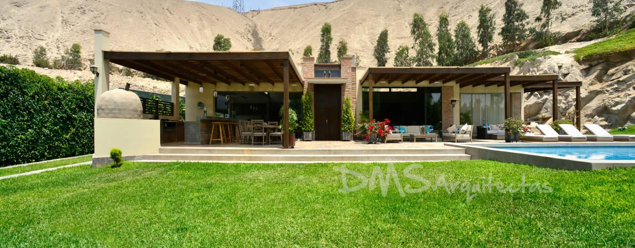 Casas de estilo  por DMS Arquitectas