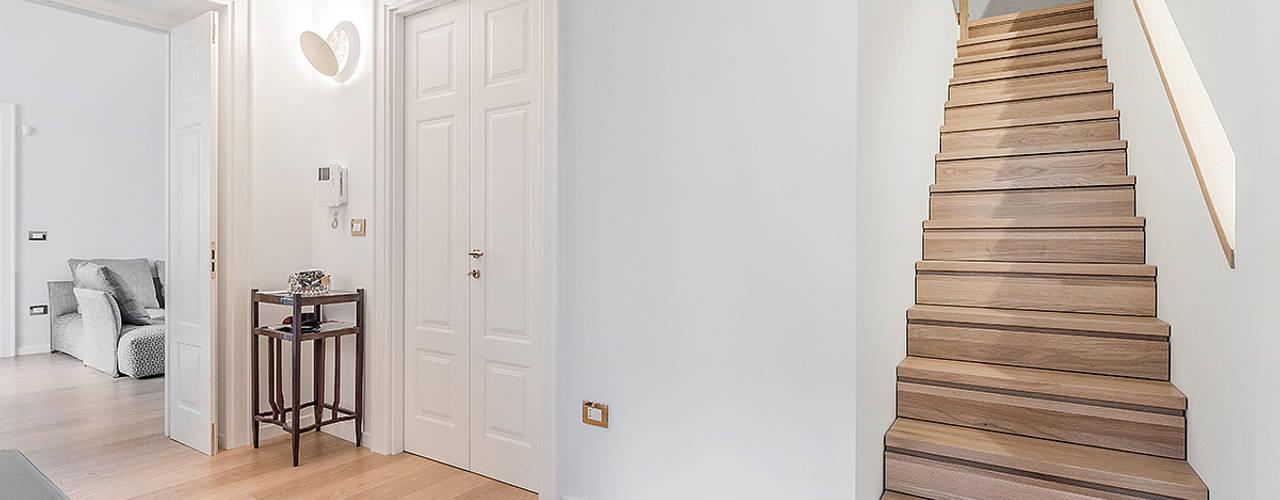الممر الحديث، المدخل و الدرج من Facile Ristrutturare حداثي