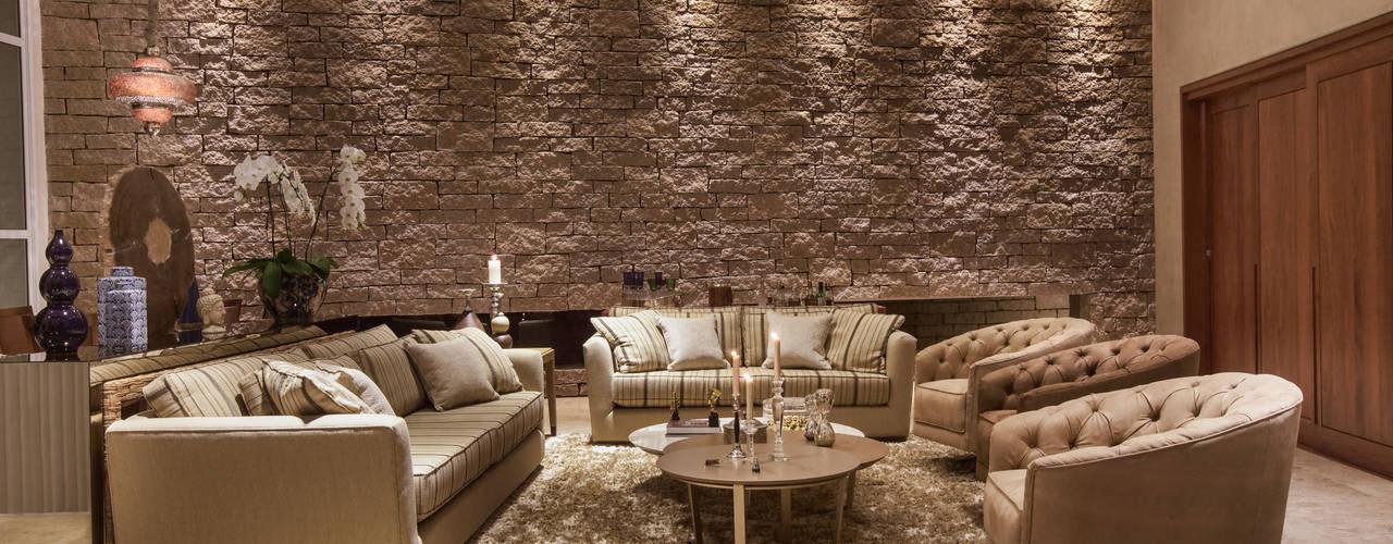 de estilo  por Viviane Bertolini Designer de Interiores