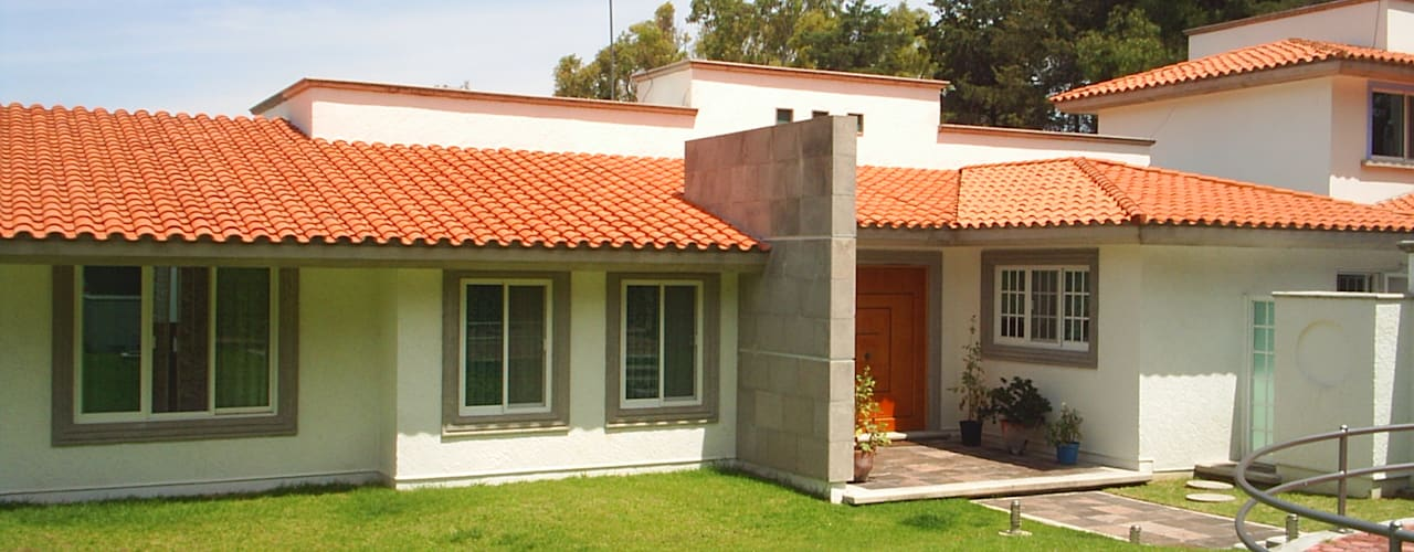 Casas de estilo clásico de SG Huerta Arquitecto Cancun Clásico