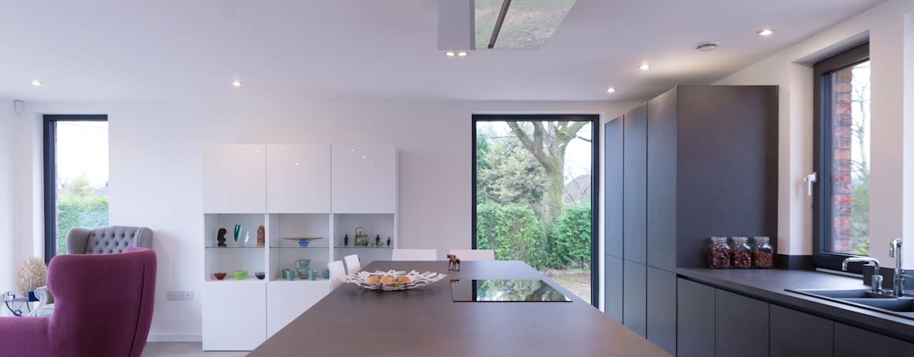 Private House Cheshire:  Kitchen by guy taylor associates, Modern