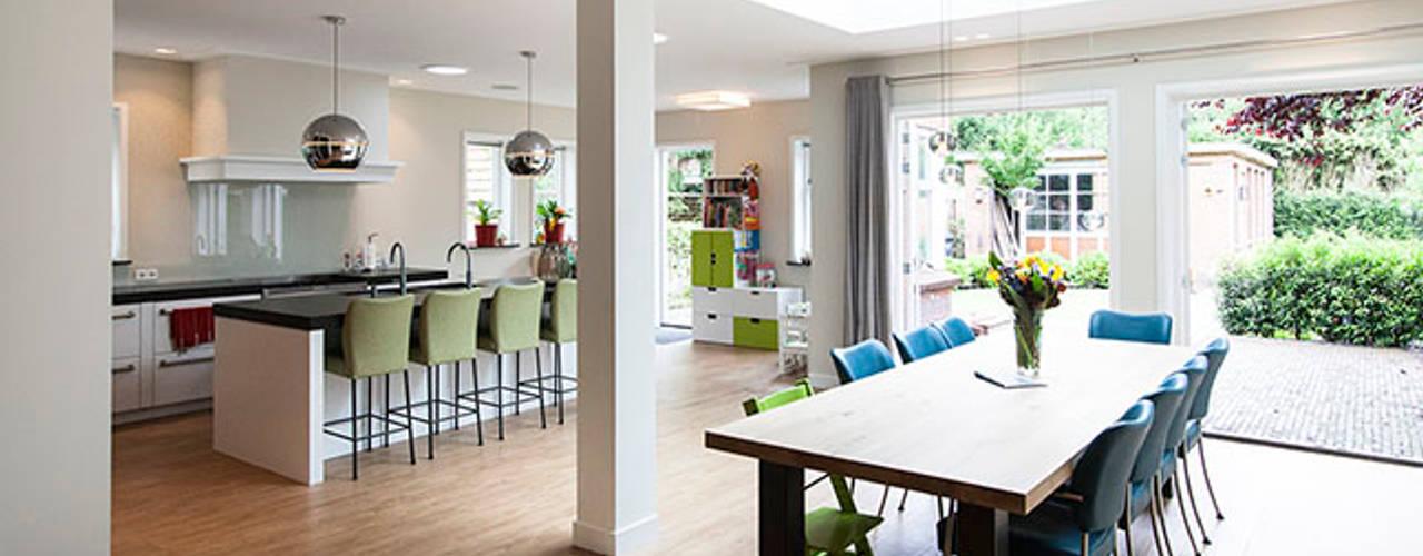 JAREN 30-HUIS | GESTRIPT WEBERontwerpt | architectenbureau Moderne eetkamers