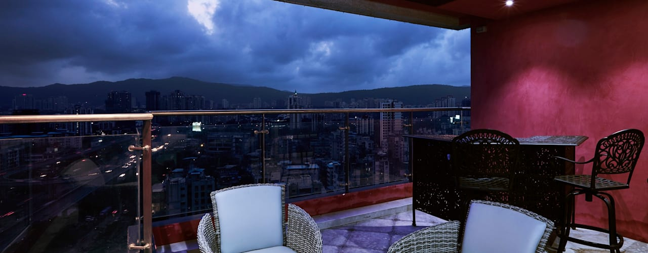 deck area overlooking the skyline:  Terrace by Interface