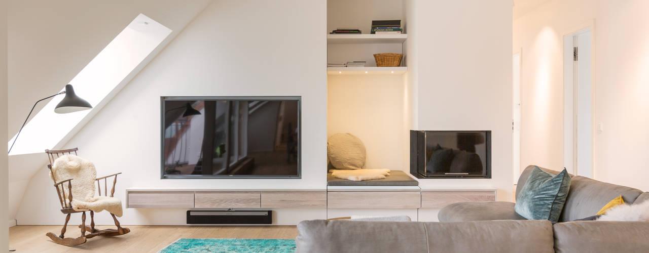AuBergewohnlich Penthouse Bogenhausen: Moderne Wohnzimmer Von BESPOKE GmbH // Interior  Design U0026 Production