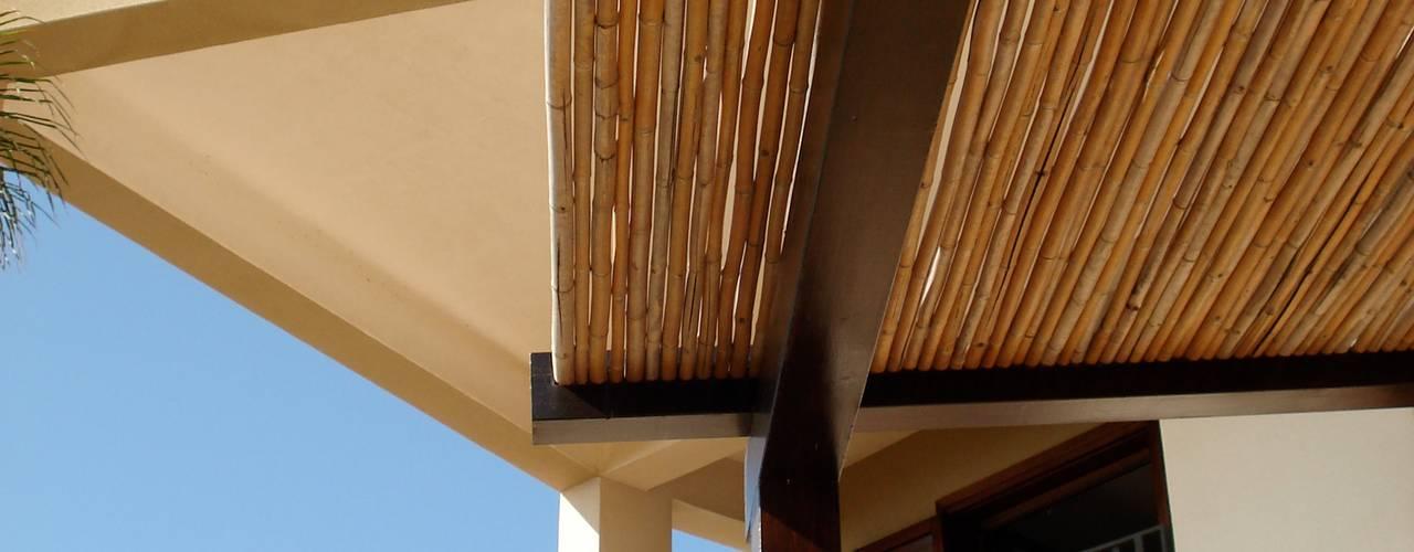 Villa aan zee van MEF Architect Mediterraan