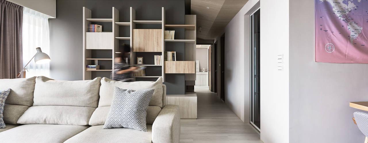 Коридор, прихожая и лестница в стиле минимализм от 思維空間設計 Минимализм
