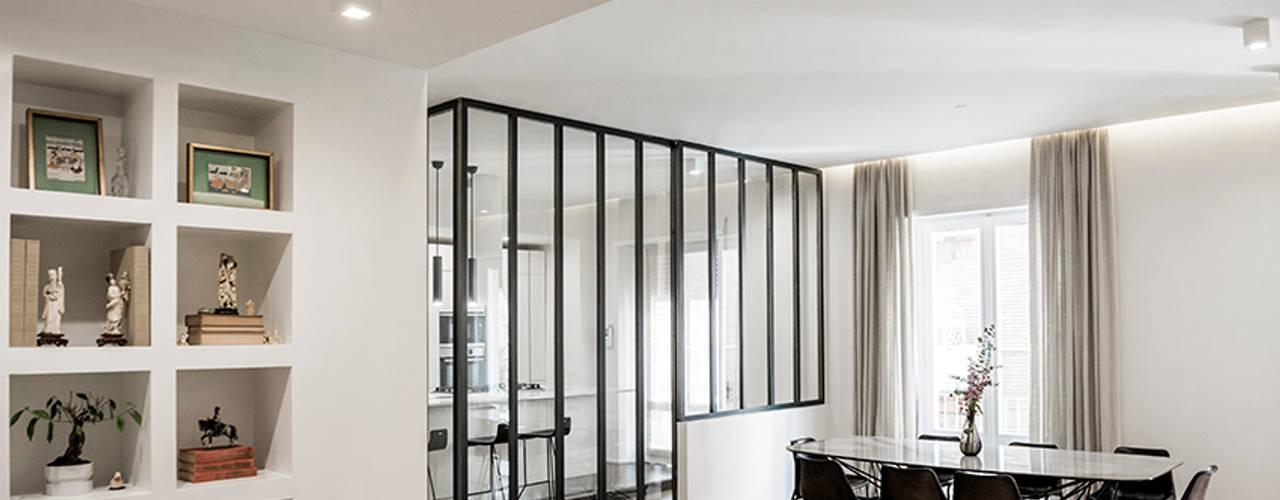 Woonkamer door ArchEnjoy Studio , Modern