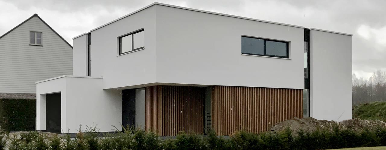 Huizen door Niko Wauters architecten bvba,
