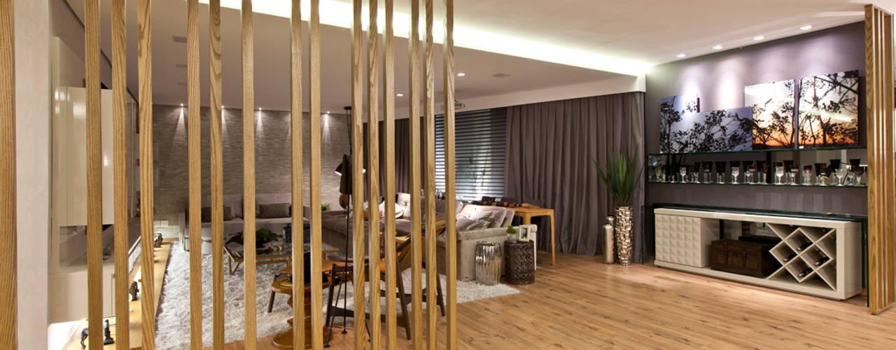 Salas de entretenimiento de estilo  por Isabella Magalhães Arquitetura & Interiores