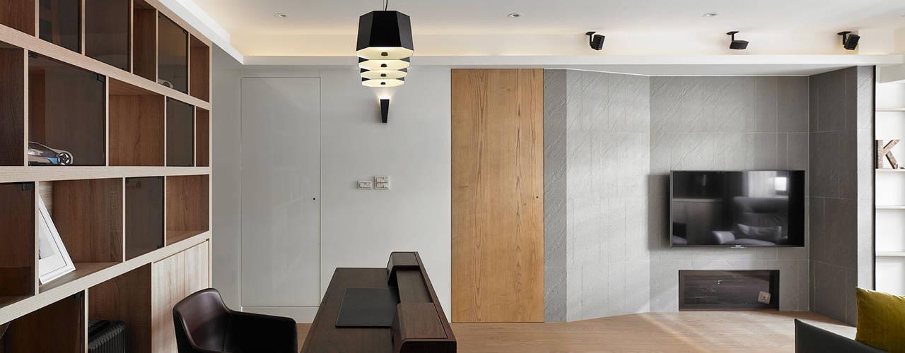大集國際室內裝修設計工程有限公司 Salas de estilo minimalista