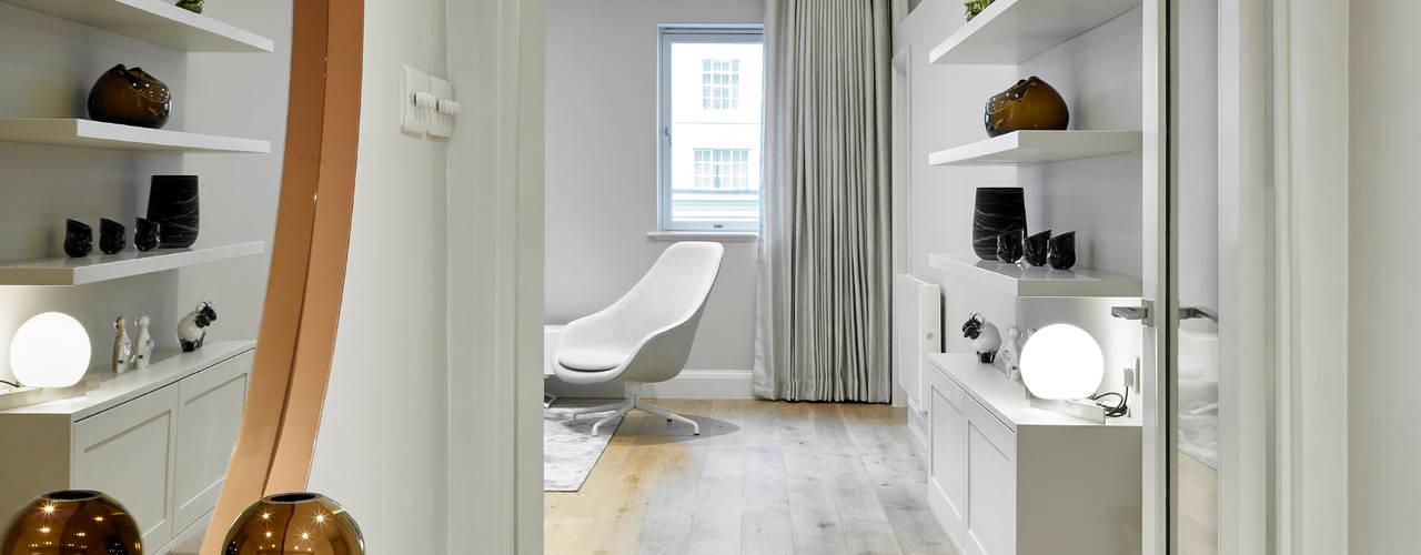 modern Living room by Morph Interior Ltd