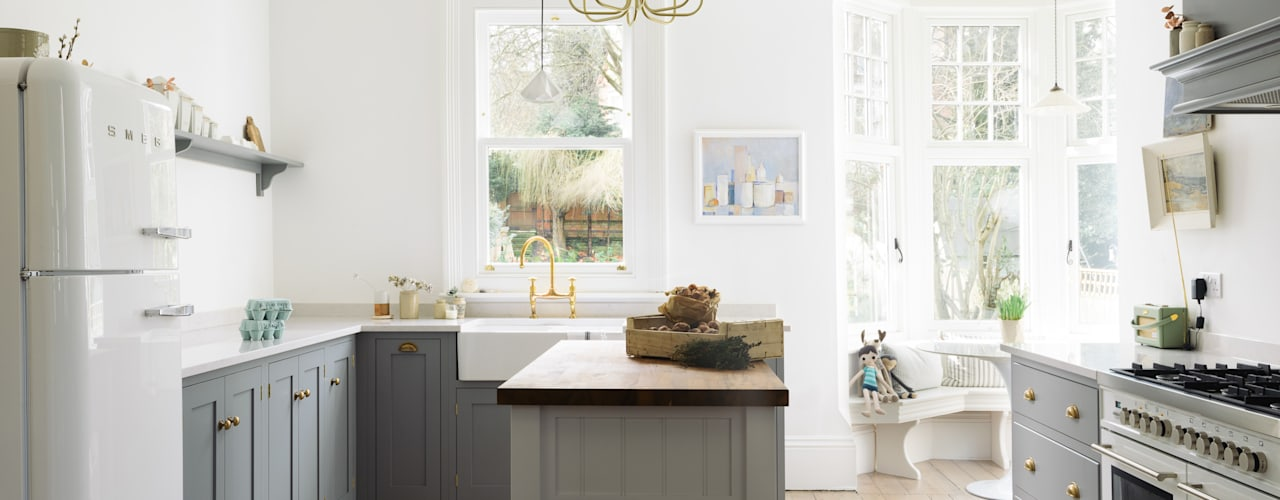 The Park Kitchen Nottingham by deVOL Dapur Klasik Oleh deVOL Kitchens Klasik