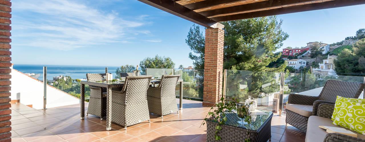 Terrazas de estilo  por Home & Haus | Home Staging & Fotografía
