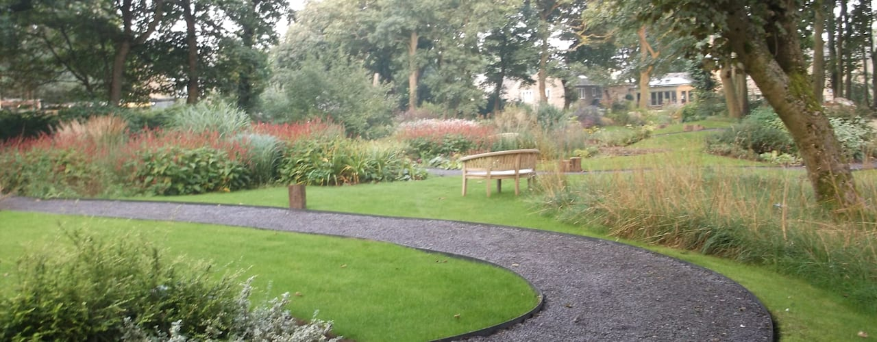 The Old Mill (Yorks):  Garden by Charlesworth Design, Rustic