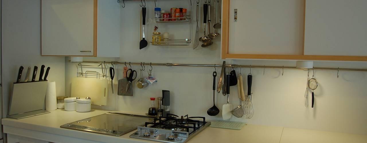 Kitchen by 田村建築設計工房, Asian