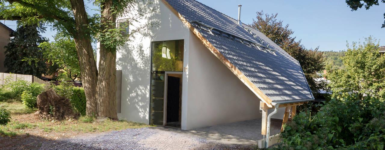 Modern houses by Planungsgruppe Korb GmbH Architekten & Ingenieure Modern