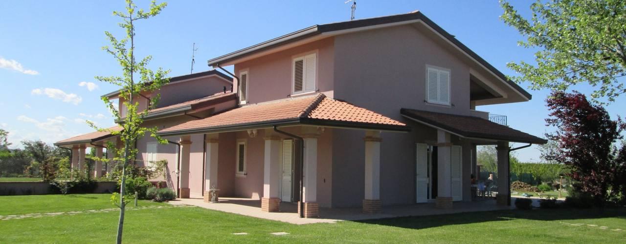 duedì - studio di progettazione Classic style houses Concrete Purple/Violet