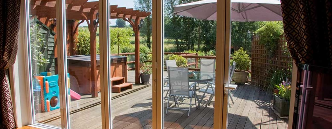 Modern balcony, veranda & terrace by AIRCLOS Modern