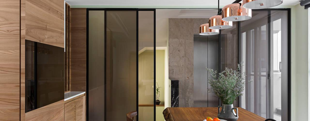 三代溪松之家 :  餐廳 by 賀澤室內設計 HOZO_interior_design