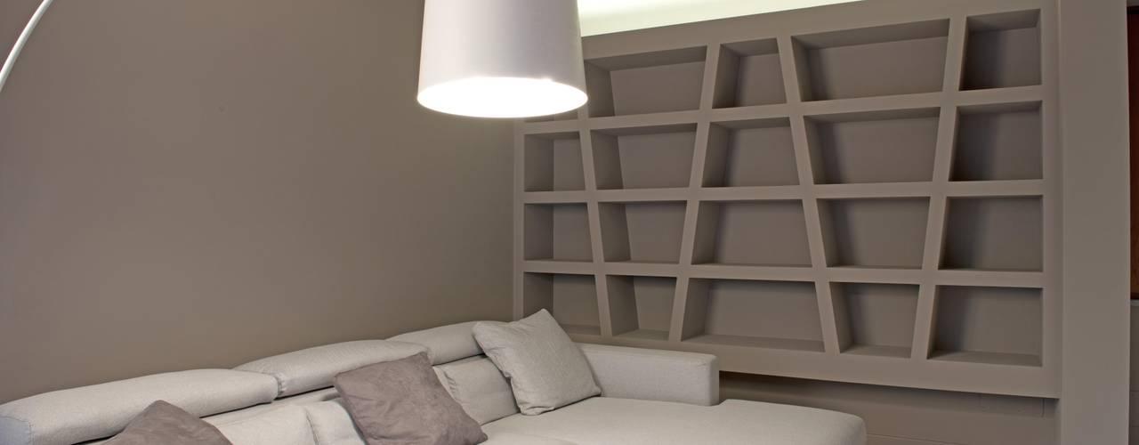 Salon minimaliste par Luca Doveri Architetto - Studio di Architettura Minimaliste