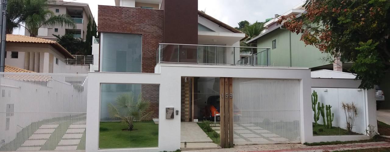 Monica Guerra Arquitetura e Interiores บ้านและที่อยู่อาศัย