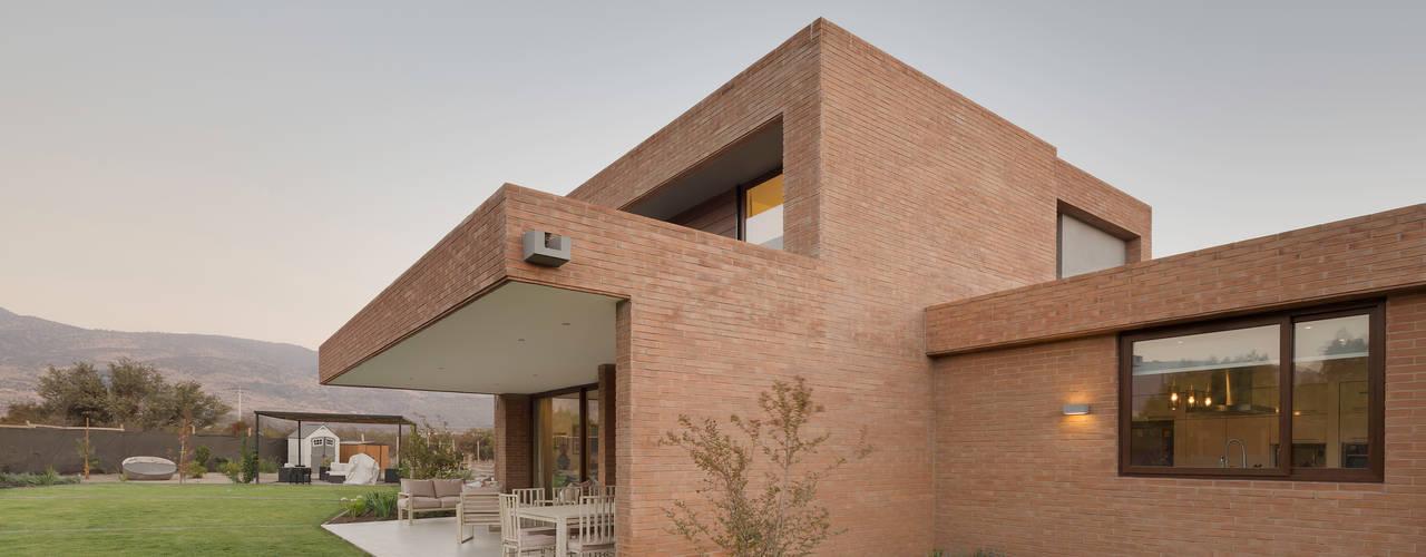 Grupo E Arquitectura y construcción 現代房屋設計點子、靈感 & 圖片