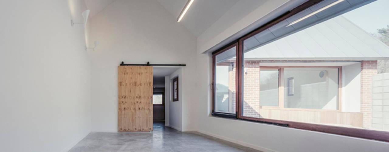 Flur & Diele von siwa architects