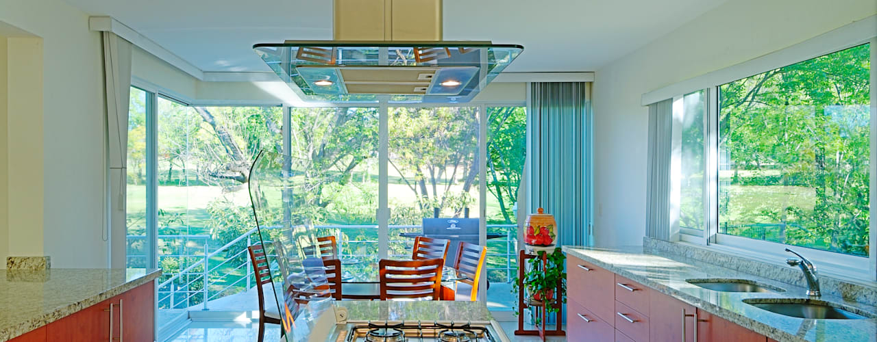 Modern Kitchen by Excelencia en Diseño Modern