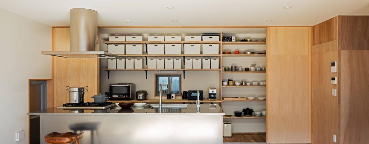 Nhà bếp by coil松村一輝建設計事務所