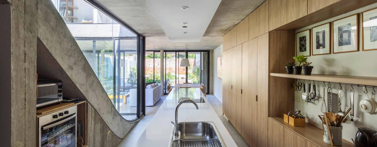 Cocinas de estilo  por BAM! arquitectura