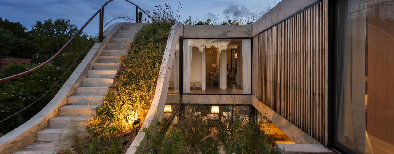 現代房屋設計點子、靈感 & 圖片 根據 BAM! arquitectura 現代風