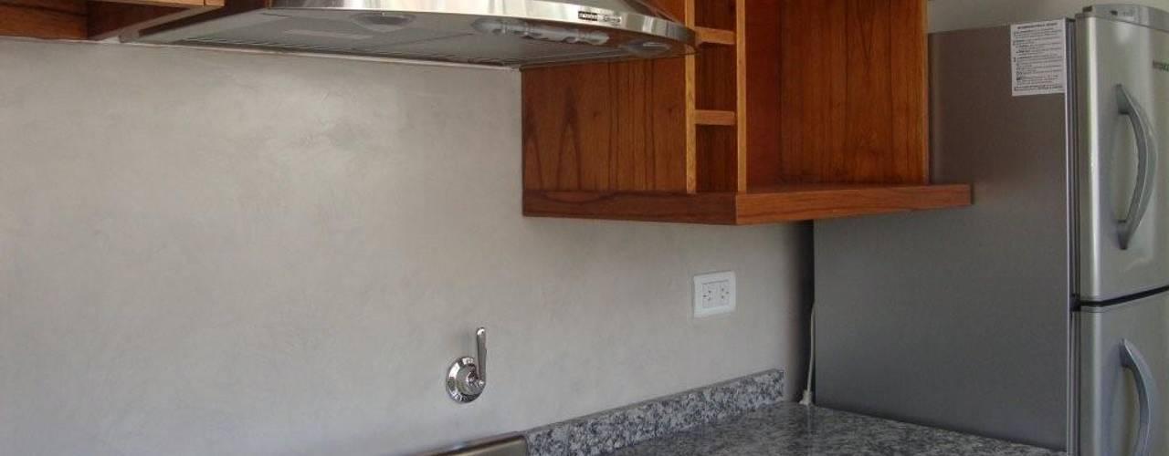Cocinas de estilo moderno por Arquitecta MORIELLO