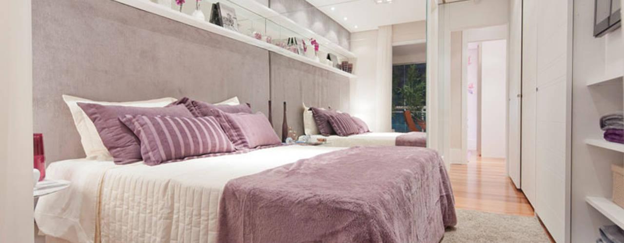 Kamar Tidur Modern Oleh LA Interiores Modern