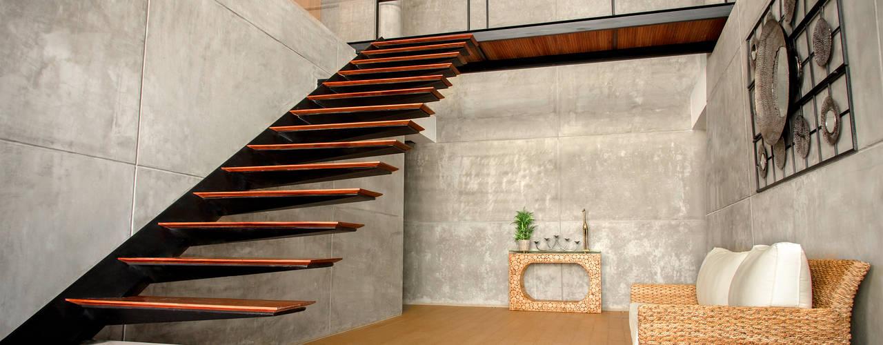 CASA LIVING Pasillos, vestíbulos y escaleras modernos de Chetecortés Moderno