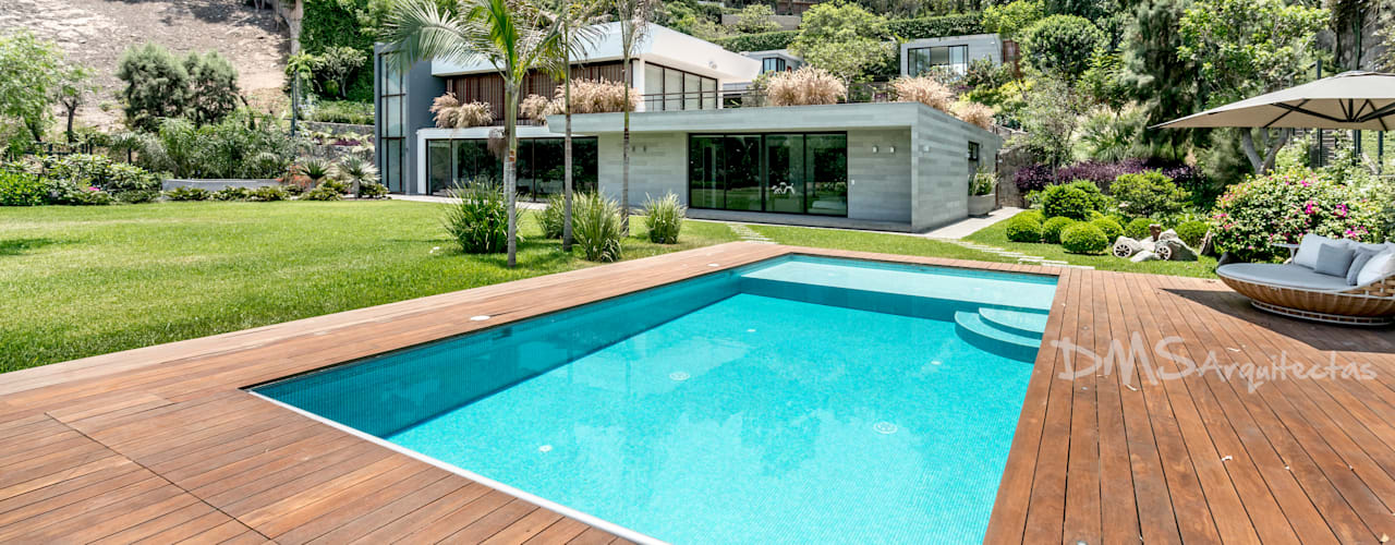 CASA EN CASUARINAS MC: Casas de estilo  por DMS Arquitectas,